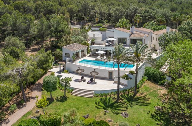 Thumbnail Villa for sale in 07180, Santa Ponsa, Spain