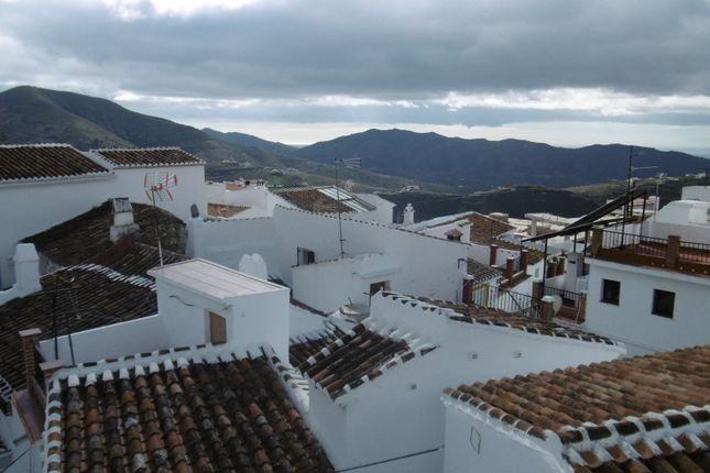 3 bed town house for sale in Canillas De Aceituno, Axarquia, Andalusia, Spain