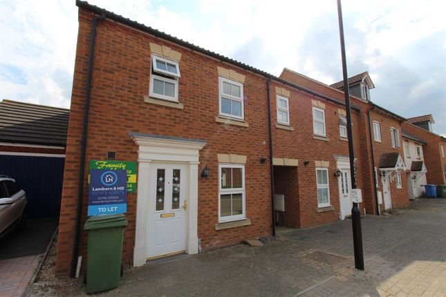 Thumbnail Town house to rent in Monarch Drive, Kemsley, Sittingbourne