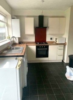 Thumbnail Terraced house to rent in Ashurst Drive, Gants Hill
