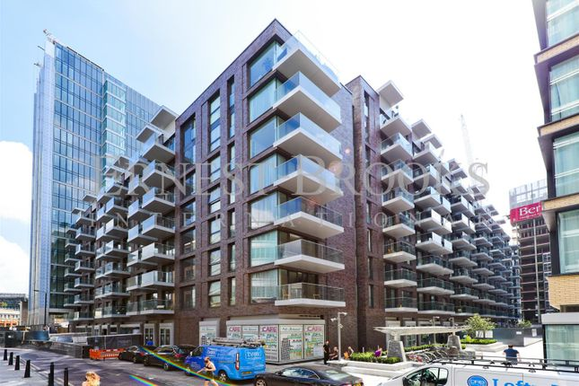 Thumbnail Flat for sale in Kingwood Gardens, Goodmans Fields, Aldgate