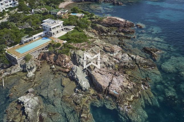 Thumbnail Property for sale in Agay, 83530, France