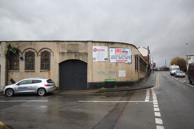 Thumbnail Commercial property to let in Engine Street, Corner Of Rolfe Street, Smethwick