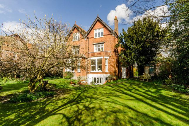 Thumbnail Flat for sale in The Drive, Wimbledon