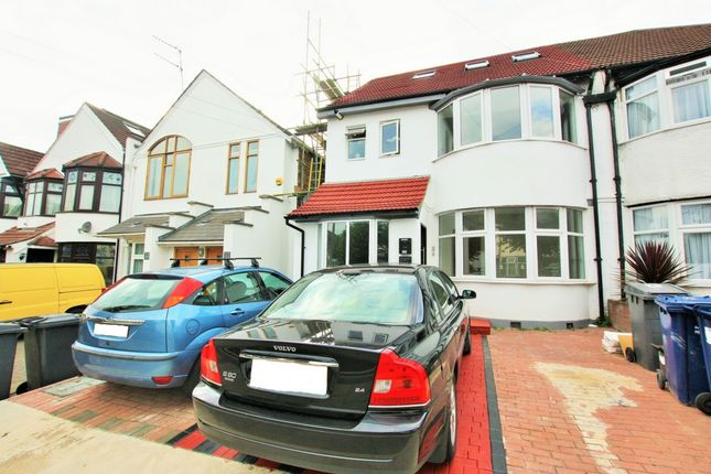 Thumbnail Flat for sale in Highfield Avenue, Golders Green
