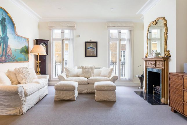 Property for sale in Sydney Street, Chelsea