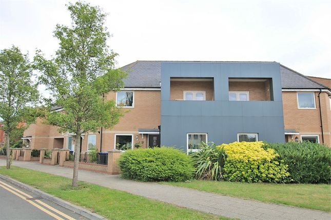 2 bed flat to rent in Timken Way South, Duston, Northampton NN5