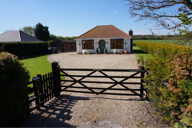 Thumbnail Detached bungalow for sale in Ashby Lane, Ashby-Cum-Fenby