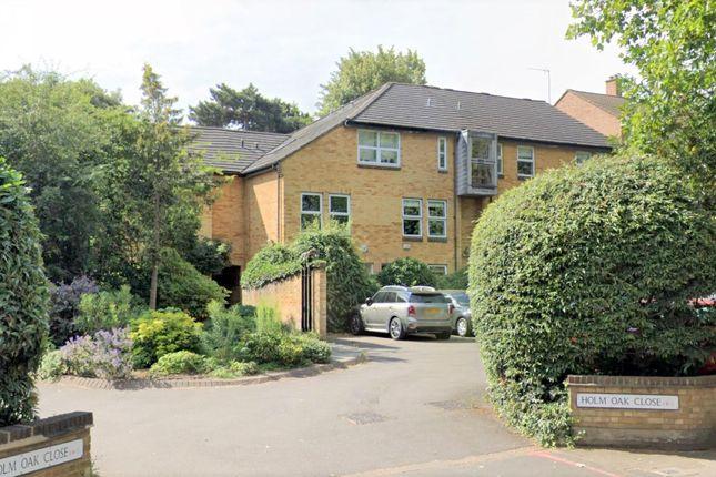 Thumbnail Flat for sale in Holm Oak Close, London