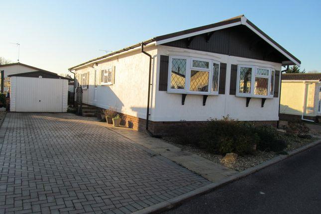 Thumbnail Mobile/park home for sale in Beauford Park, Norton Fitzwarren (Ref 5498), Taunton, Somerset