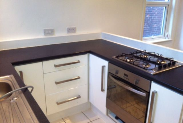 Thumbnail Flat to rent in Albert Road, Levenshulme, Manchester