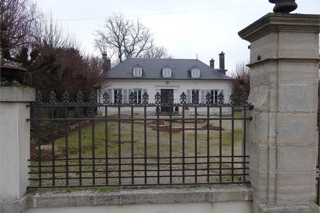 Thumbnail Detached house for sale in Champagne-Ardenne, Aube, Troyes