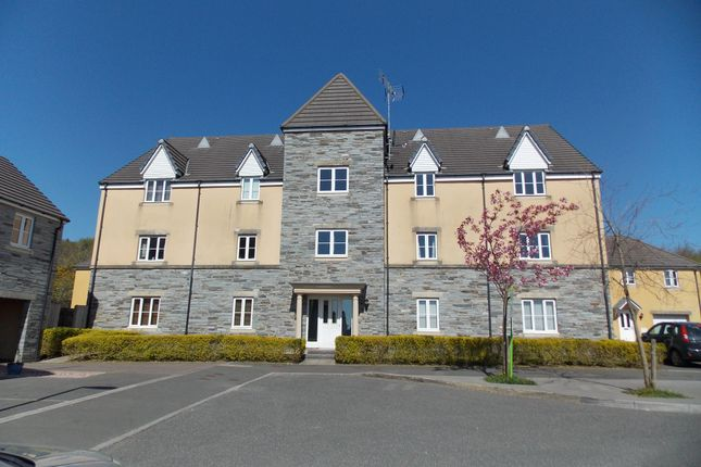 Thumbnail Flat to rent in Larcombe Road, Boscoppa, St. Austell