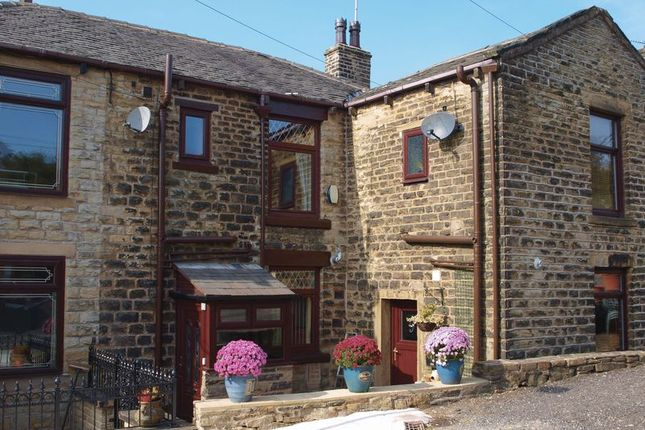 Thumbnail Terraced house to rent in Woodside, Newhey, Rochdale