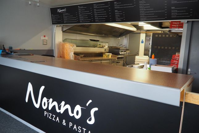 Leisure/hospitality for sale in Hot Food Take Away BD15, Wilsden, West Yorkshire