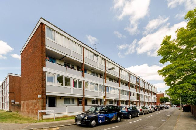 Thumbnail Maisonette to rent in Hersham Close, Roehampton, London