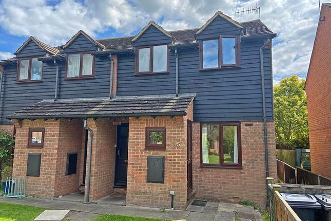 Thumbnail Flat for sale in Frank Lunnon Close, Bourne End
