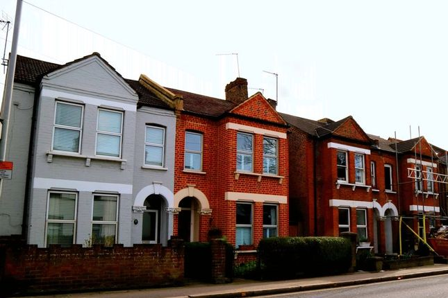 Thumbnail Maisonette to rent in Hawks Road, Kingston Upon Thames