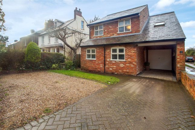 Thumbnail Detached house for sale in Oakley Road, Chinnor
