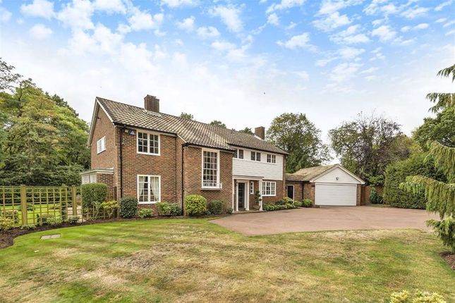 Thumbnail 5 bed property for sale in Corbar Close, Hadley Wood, Hertfordshire