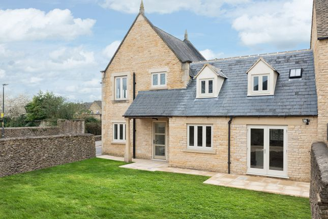 Thumbnail Semi-detached house for sale in London Street, Fairford