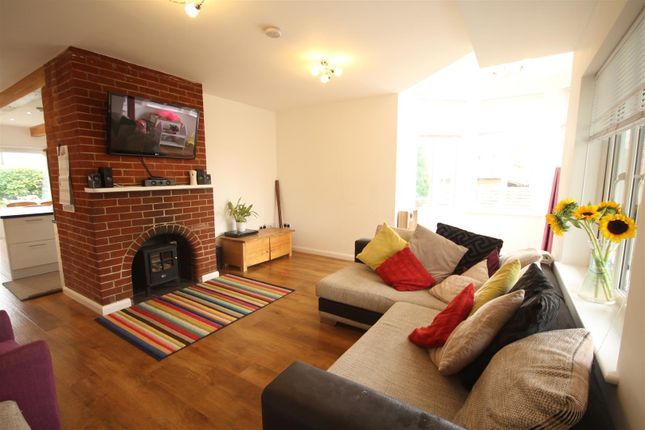 4 bed detached bungalow to rent in Muddles Green, Chiddingly BN8