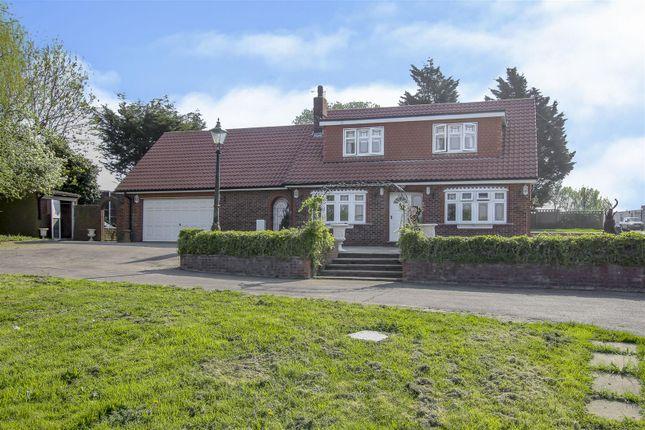 Thumbnail Detached house for sale in Risebridge Chase, Romford