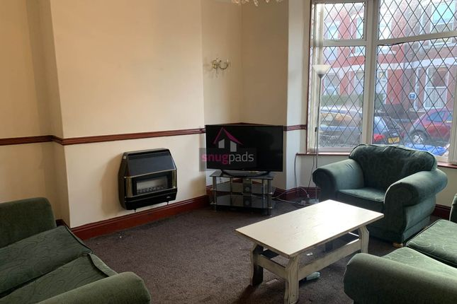 Lounge of Carlton Road, Salford, Manchester M6