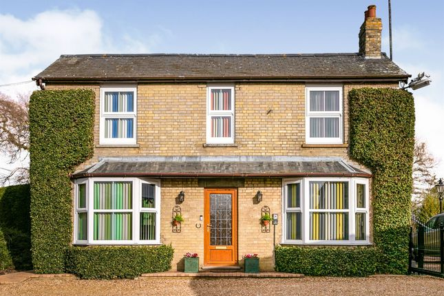 Thumbnail Detached house for sale in Puddock Road, Warboys, Huntingdon