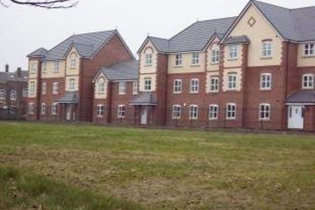 Flat to rent in Eden Court, Scholars Way, Bury