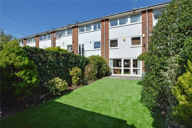 Picture No. 19 of Hatcliffe Close, Blackheath, London SE3