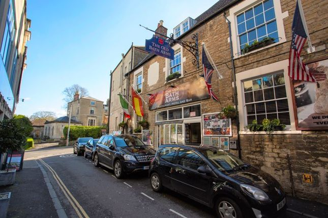 Thumbnail Pub/bar for sale in Palmer Street, Frome