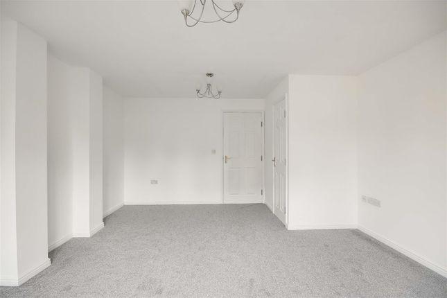 22095 of Babbington Drive, Cinderhill, Nottinghamshire NG6