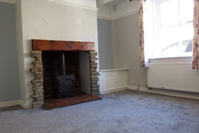 2 bed property to rent in School Street, Bromley Cross, Bolton