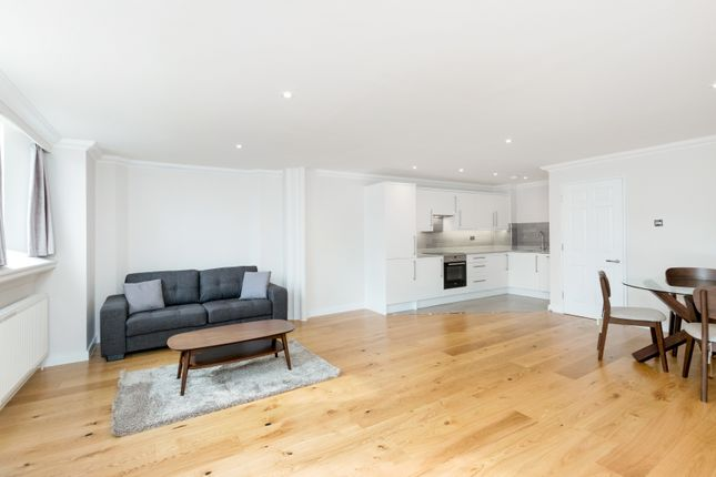 Thumbnail Duplex to rent in Devonia Road, London