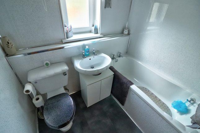 Bathroom of Kirkhill Road, Aberdeen AB11