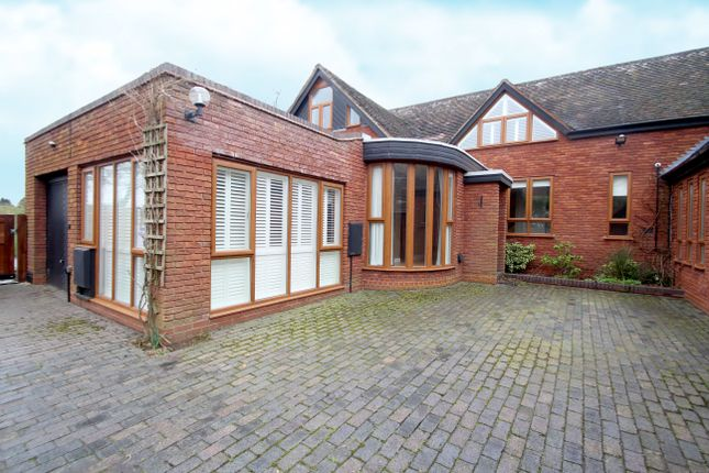 Thumbnail Detached house for sale in Balsall Street, Balsall Common, Coventry