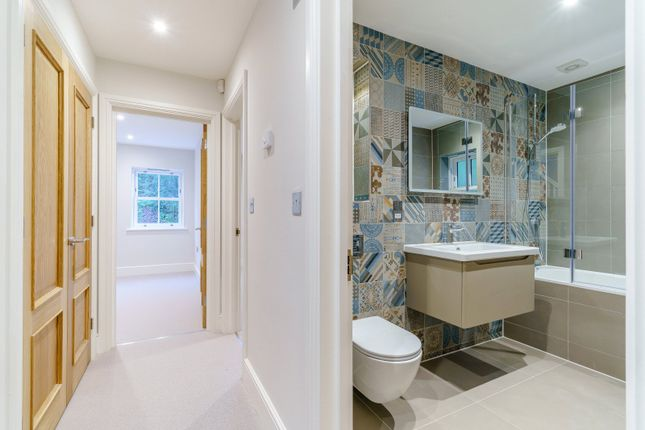 Family Bathroom of Chalkpit Lane, Marlow, Buckinghamshire SL7