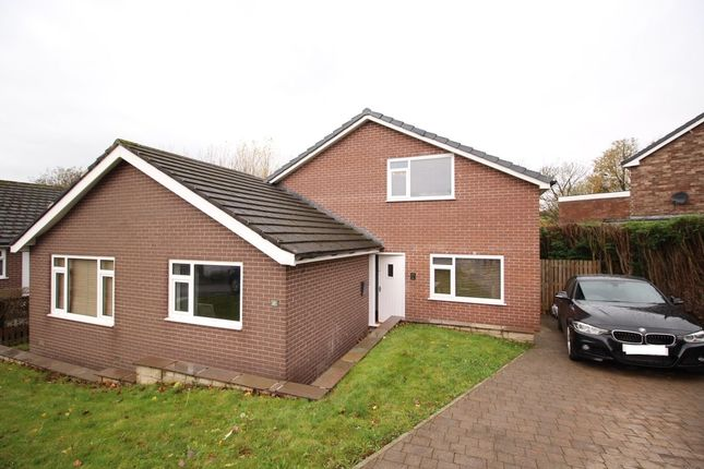 Thumbnail Detached house for sale in Haywards Close, Glossop