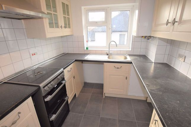Thumbnail Flat to rent in Leicester Road, New Barnet, Herts