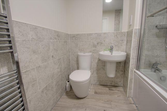 Bathroom of Duke Street, Devonport, Plymouth PL1