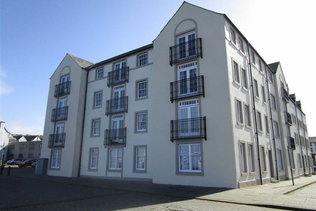 2 bed flat to rent in Slipway, Whitehaven