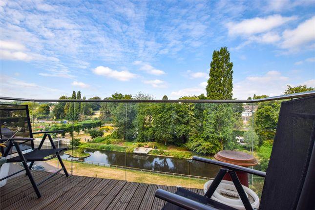 Thumbnail Flat to rent in Swan Court, Waterhouse Street, Hemel Hempstead, Dacorum