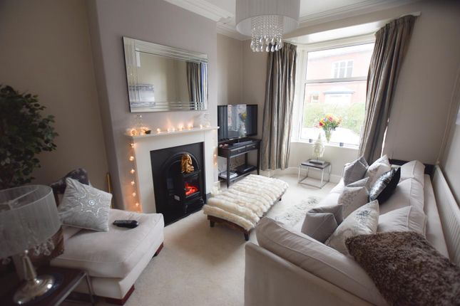 Lounge of Dulverton Road, Leicester LE3