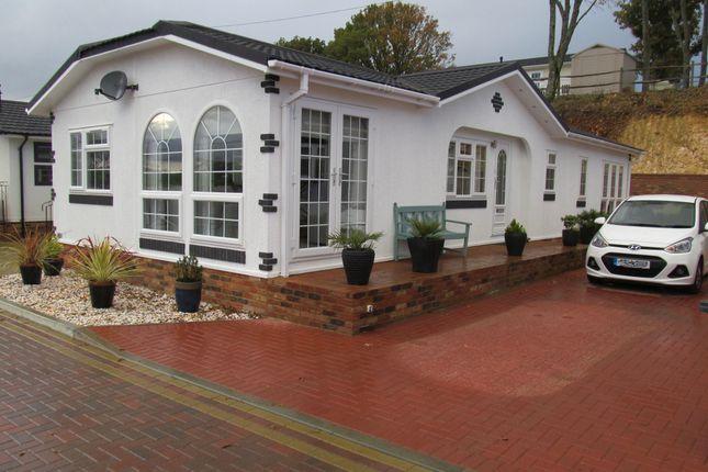 Thumbnail Mobile/park home for sale in Castle Drive, Pilgrims Retreat (Ref 5460), Harrietsham, Kent