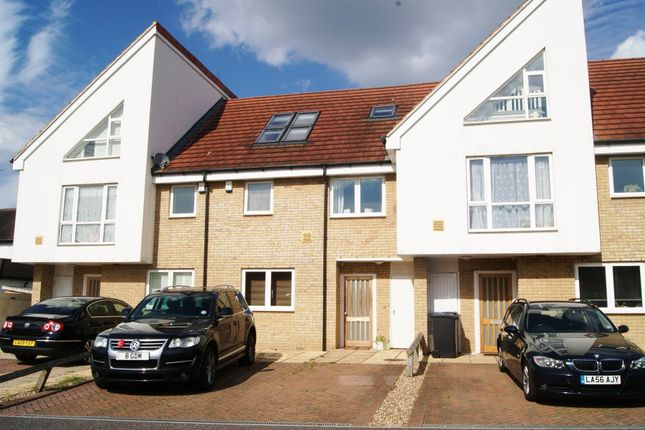 Thumbnail Property to rent in Percy Place, Datchet, Slough