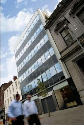 Serviced office to let in Arthur Street, Belfast