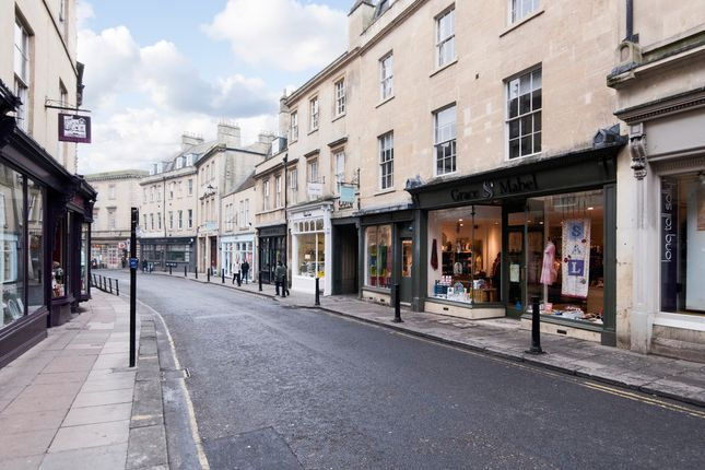 Thumbnail Flat to rent in Milsom Place, Bath