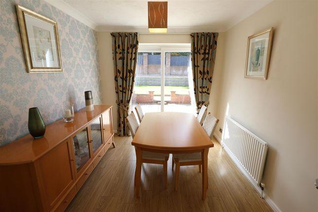 Dining Room of Orkney Close, Hull HU8