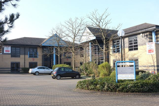 Office to let in 1621-1627 Parkway, Fareham